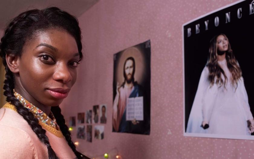 Crítica de la serie 'Chewing Gum' (Channel 4, Michaela Coel). Disponible en Netflix