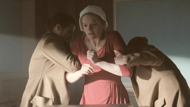 the handmaids tale analisis on the Joseph fiennes has this year scored his first emmy award nomination for portraying commander fred waterford on the handmaid's tale fiennes' best drama supporting actor bid is among the.